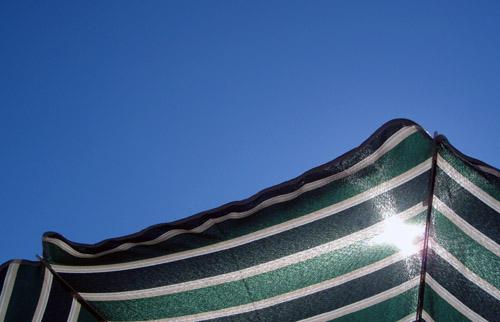 090601-parasol